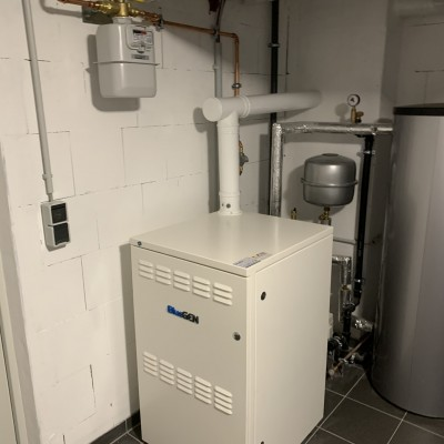 Brennstoffzelle im Keller